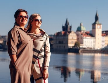 Photoshoots with mom in Prague 💕