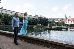 Фотопрогулки влюбленных в Вальдштейнском саду