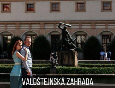 Couple photoshoot in the Wallenstein Garden